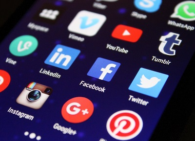 Why Wealthy Affiliate is better than Social Media